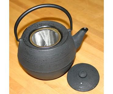 "Teekanne ""Kama 10"" schwarz Gusseisen"