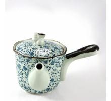 Japanische Teekanne blau geblümt mit Hasen-Deckel
